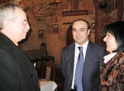 На встрече с советником Главы администрации Президента Азербайджанской Республики Э.К. Аслановым