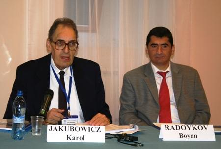 К. Якубович и Б. Радойков на открытии Совещания национальных комитетов Программы ЮНЕСКО