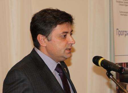В.Д. Пономарев, проректор по творческой и международной деятельности КемГУКИ