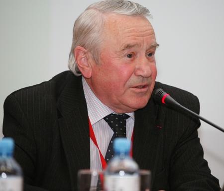 Президент Российской библиотечной ассоциации, директор Российской национальной библиотеки В.Н. Зайцев
