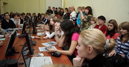 Молодые журналисты на форуме
