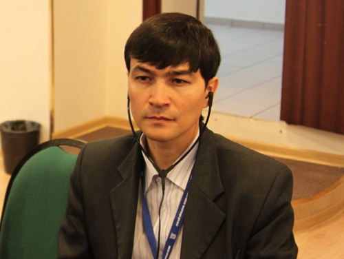 С. Сафаров